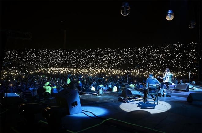 show Pearl Jam